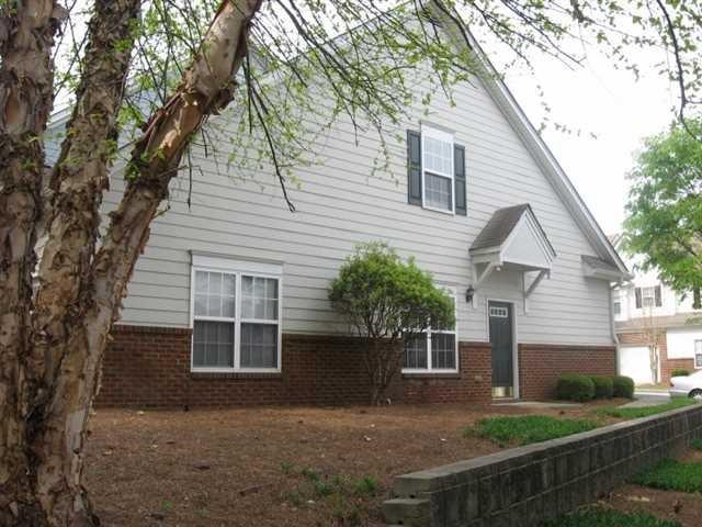 980 Pike Forest Dr, Lawrenceville, GA