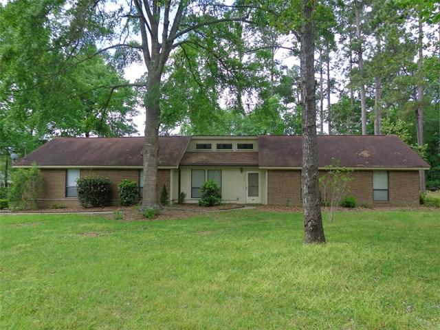 105 Oak Hollow Dr, Statesboro, GA