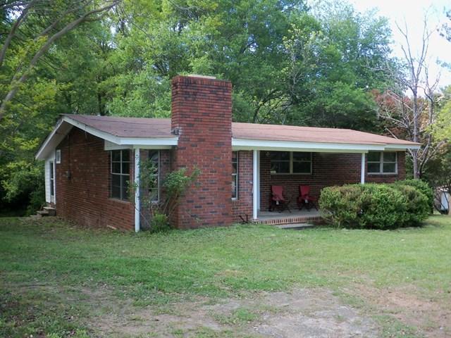 510 S Jackson St, Hartwell, GA 30643