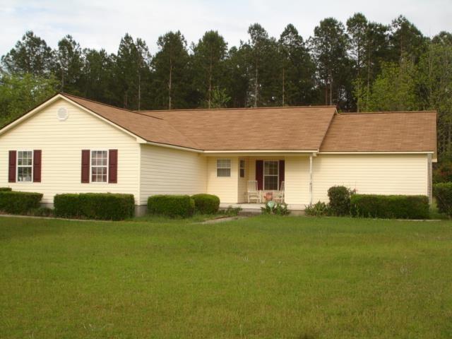 33 Edenwilde Dr, Sandersville, GA 31082