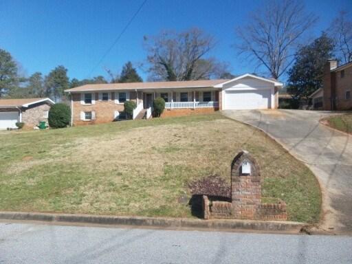 3670 Greentree Farms Dr, Decatur, GA
