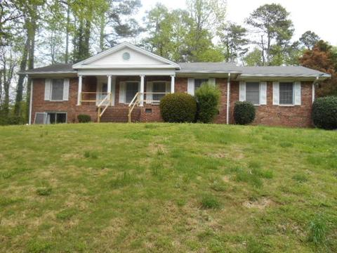 2450 Forest Trl, East Point, GA 30344