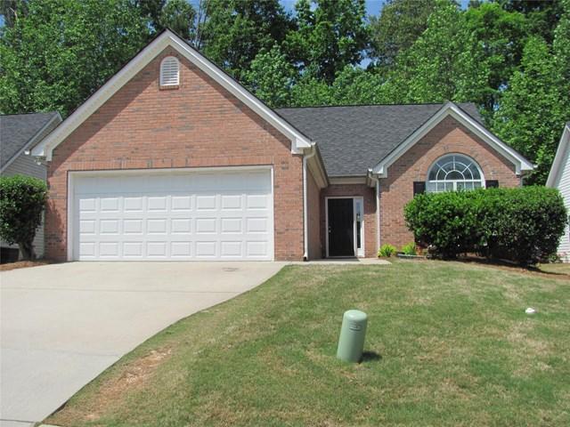 215 Brookestone Pt #APT /24, Fayetteville, GA