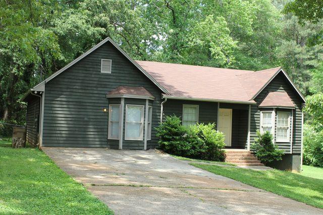 230 Chimney Ridge Trl, Stockbridge, GA