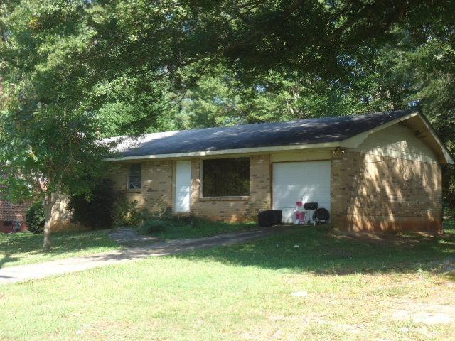 1492 Sunnybrook Dr, Jonesboro, GA