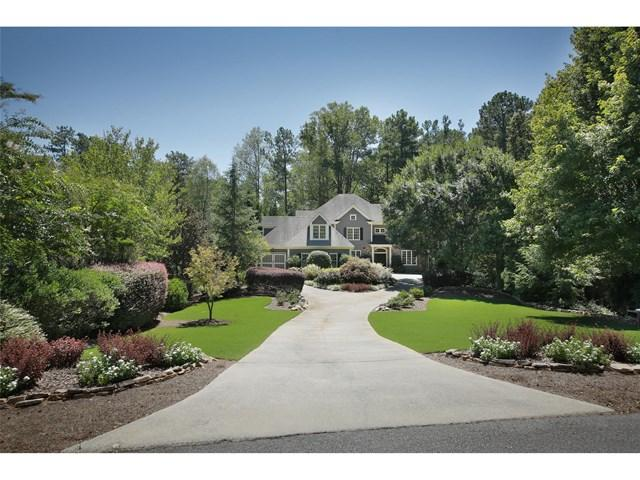 140 Charleston Cir, Roswell, GA