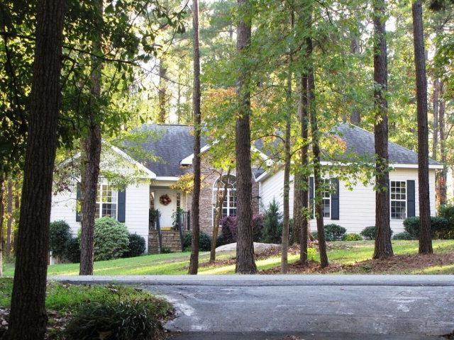 184 W Lakeview Dr, Milledgeville GA 31061