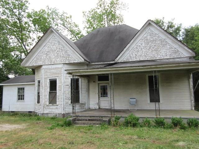 930 Jackson St, Locust Grove, GA