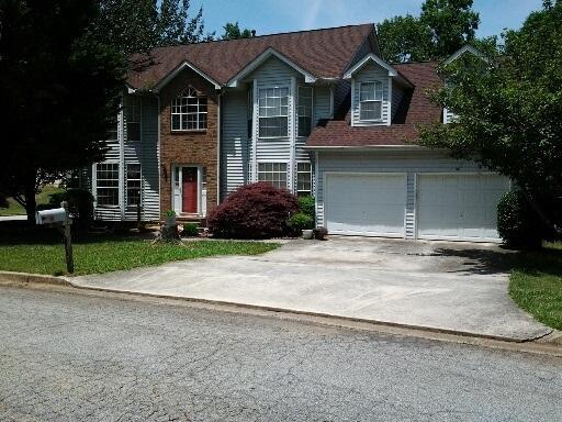 7132 NW Lone Oak Trce, Lithonia, GA