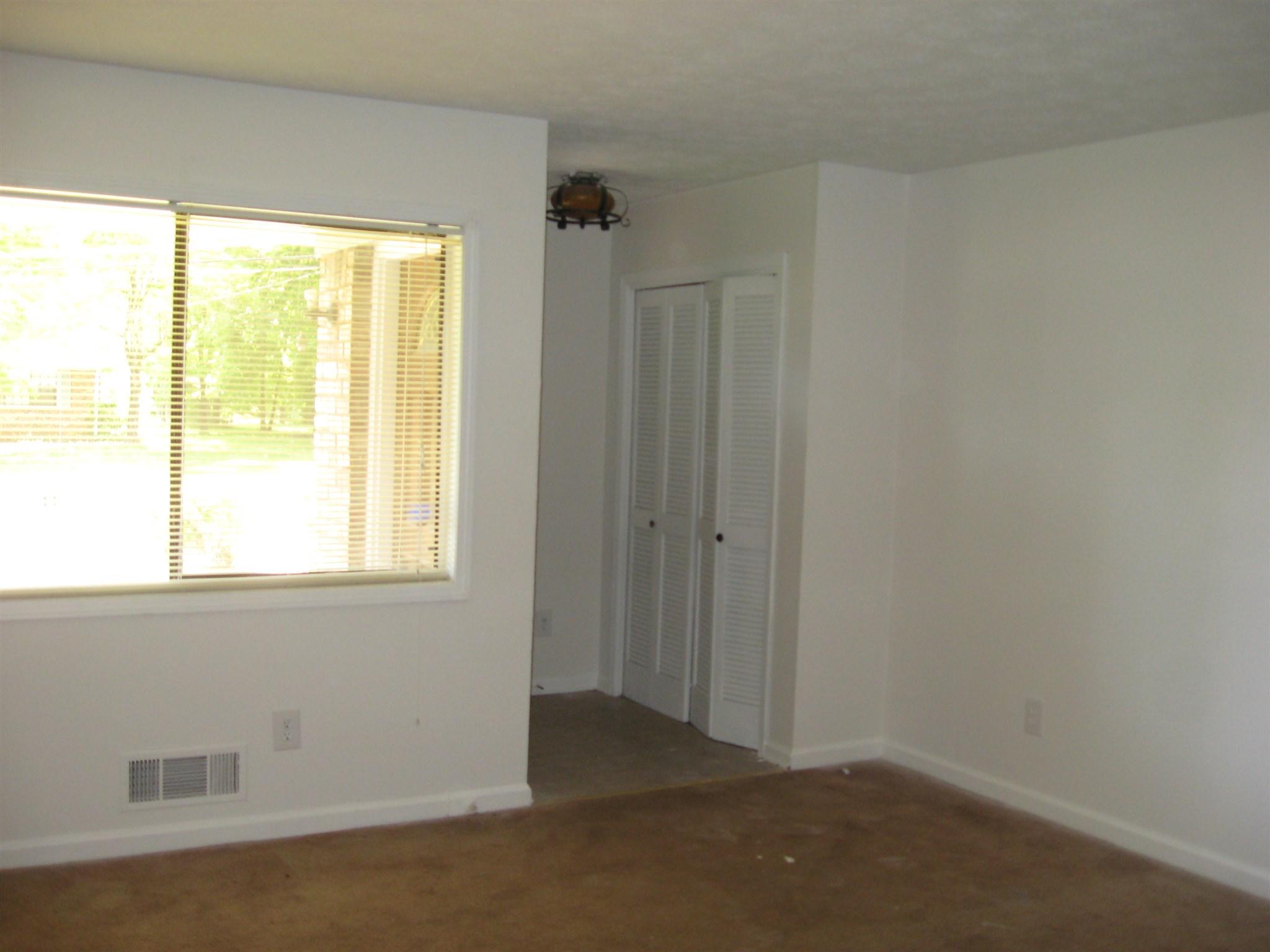 1208 Country Pine, Ellenwood, GA 30294