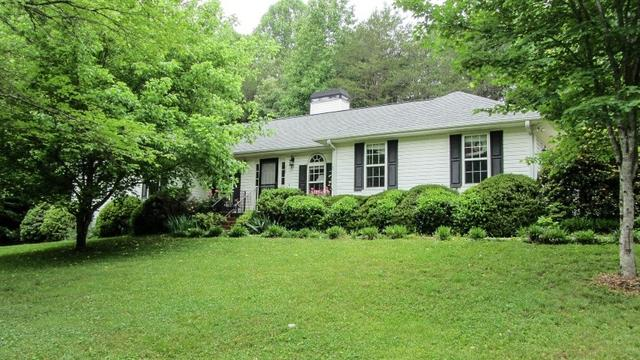 364 Grindstone Creek Dr, Clarkesville, GA