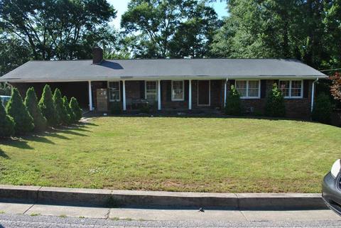 1487 Vine St, Gainesville, GA 30501