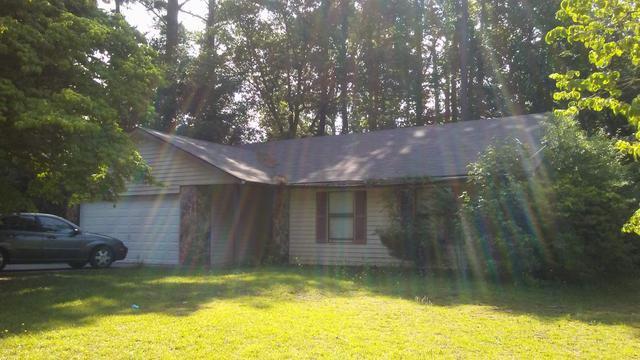 9098 Raven Dr, Jonesboro, GA