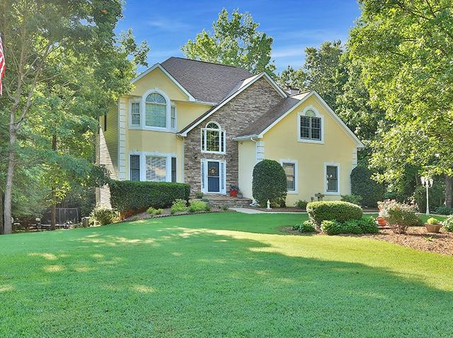 35 Barrington Grange Dr, Sharpsburg, GA