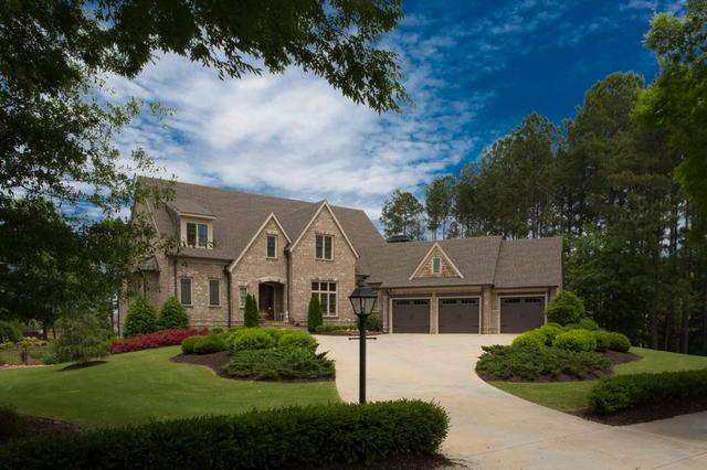 350 Newhaven Dr, Fayetteville, GA