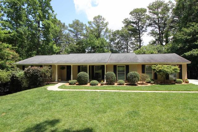 2294 Sussex Ct, Snellville, GA