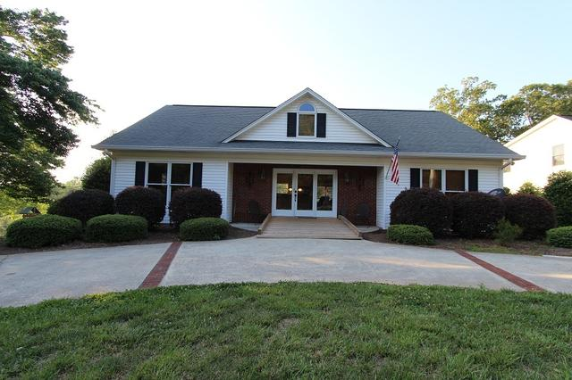 3307 Clearview Dr, Gainesville, GA