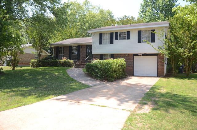 1491 Red Briar Way, Jonesboro, GA