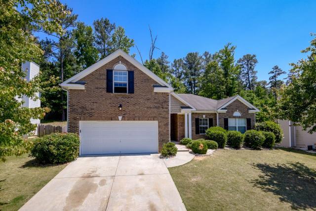 3930 Medlock Park Dr, Snellville, GA