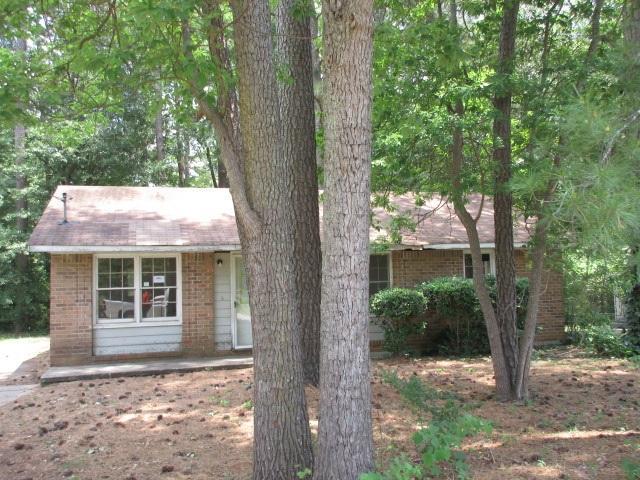 8208 Saxon Ct, Jonesboro, GA