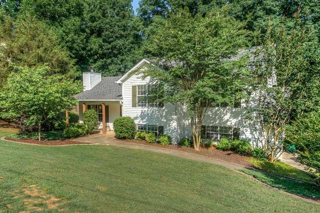 135 Stone Creek Ct, Fayetteville, GA