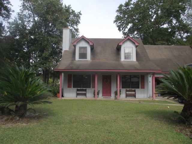107 Cottage Ct, Saint Marys, GA
