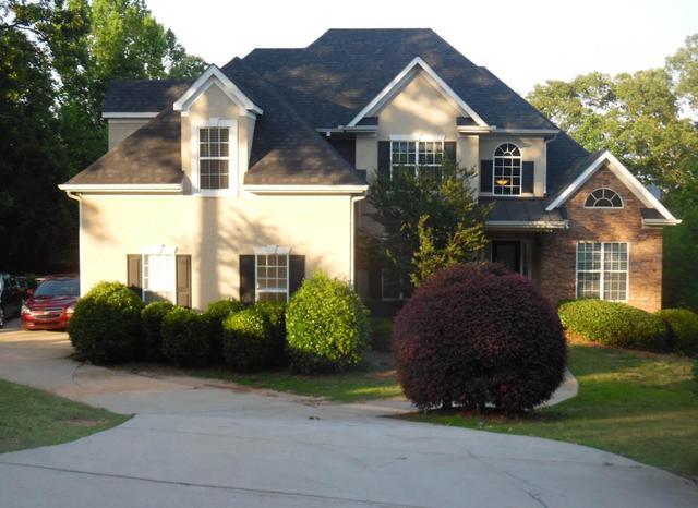 505 Country Club Dr, Stockbridge, GA