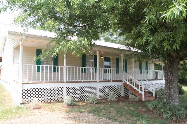 498 Union Point Rd, Lexington, GA