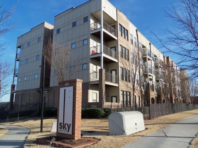 898 Oak St #APT 1320, Atlanta GA 30310