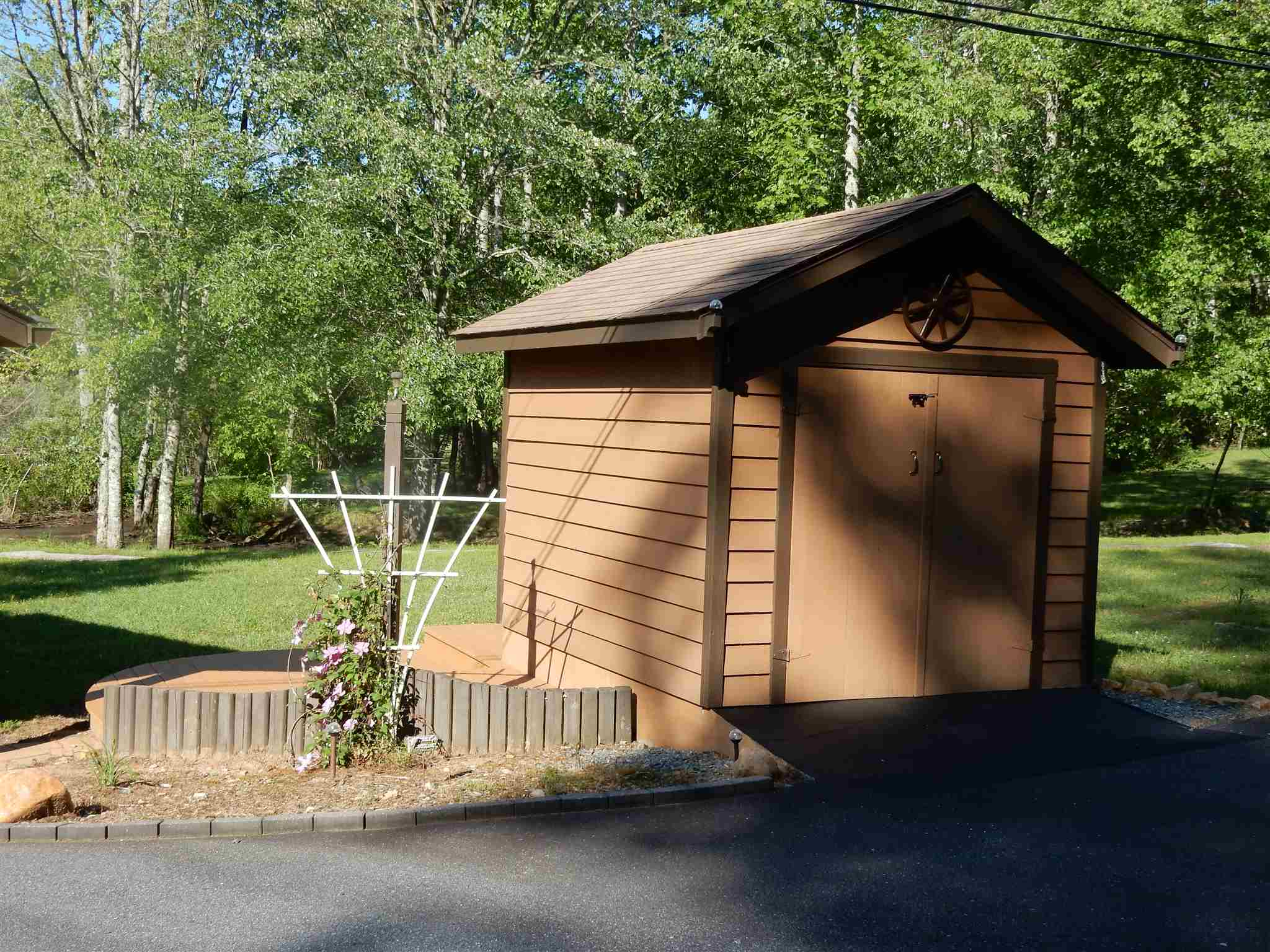1601 Mountain Village Drive, Hiawassee, GA 30546