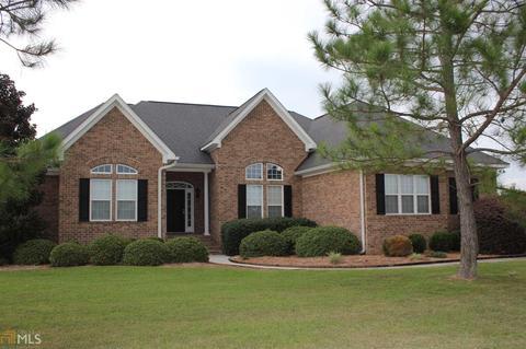 1015 Johnson Dr, Statesboro, GA 30461