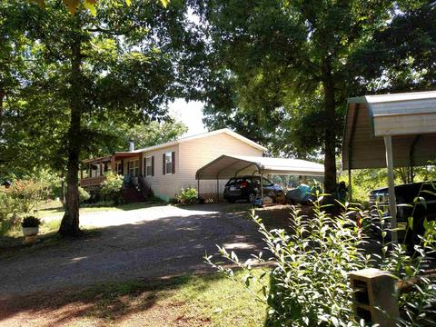177 SW Botjer Path Rd, Cleveland, GA 30528