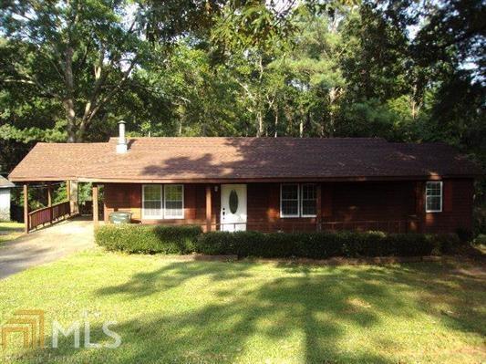 106 Woodmier Cir, Thomaston, GA 30286