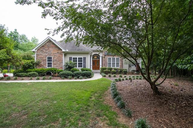 15 Clydesdale Ct, Newnan, GA 30263