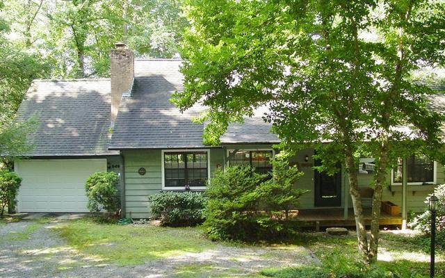 5492 Pine Crest Rd, Young Harris, GA 30582