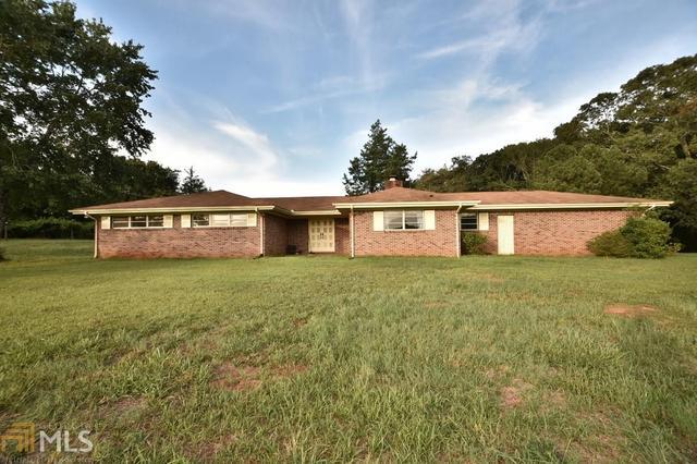 4579 Twin Lakes Dr, Monroe, GA 30656