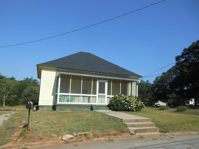 63 Fifth St Griffin, GA 30223
