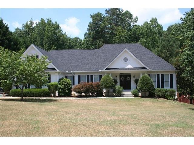1145 Windridge Dr Loganville, GA 30052