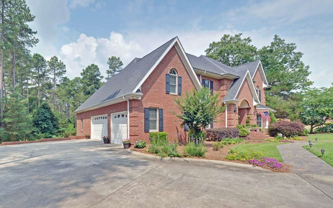376 Melody Lane, Hartwell, GA 30643