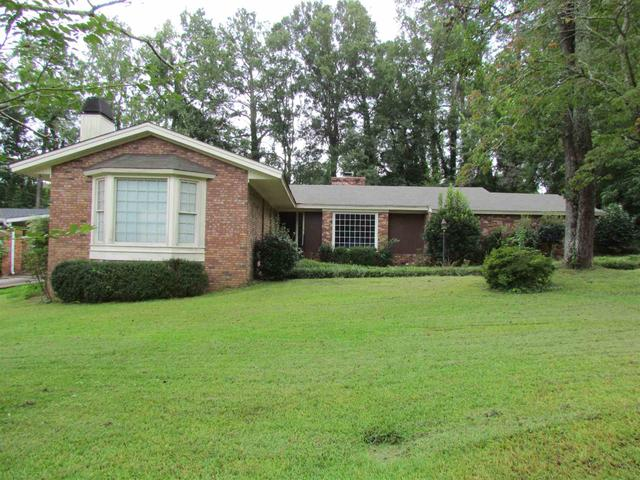 4634 Twin Oak Dr, Macon, GA 31210