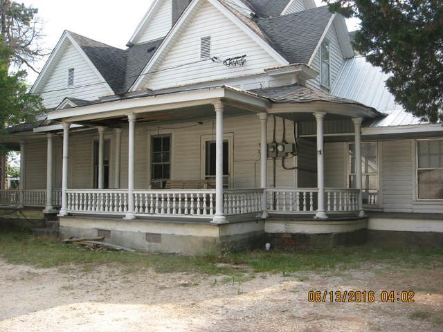 470 College St, Royston, GA 30662