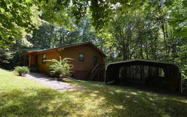 5827 Brasstown Creek Ests, Young Harris, GA 30582