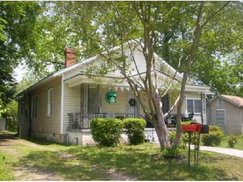 1626 Chester St, Savannah, GA 31415