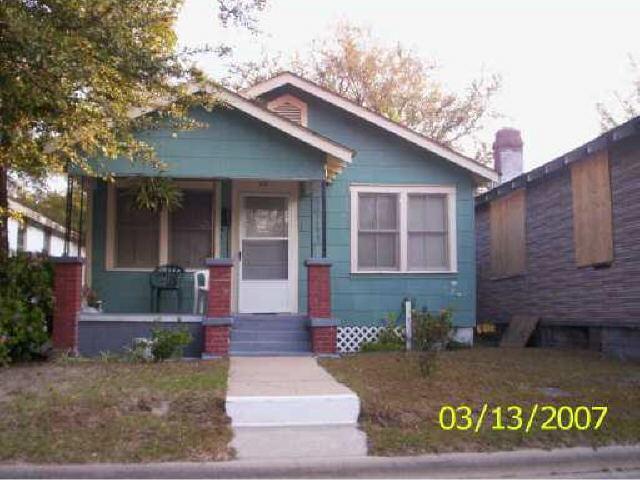 624 W 47th St, Savannah, GA 31401