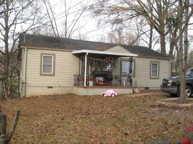 621 Drewry Ave, Griffin, GA 30223