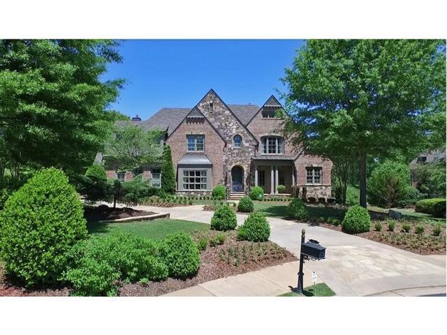 135 Manor Lake Ct, Milton, GA 30004
