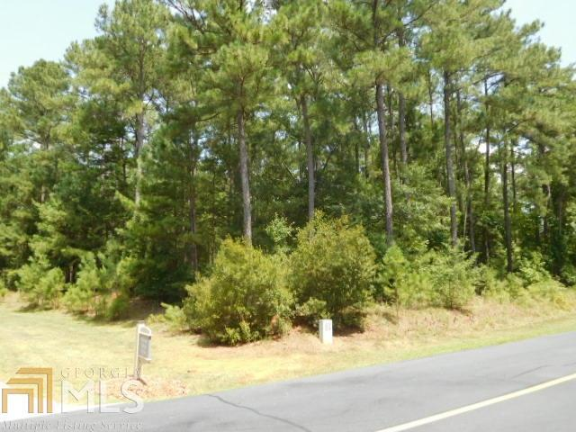 1320 Fairway Ridge Cir, Greensboro, GA 30642