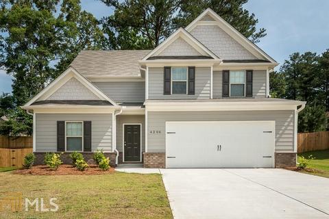 426 Renown Ct, Winder, GA 30680