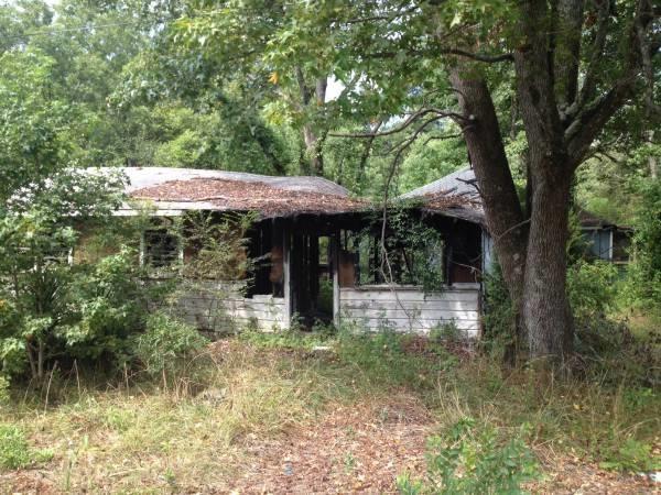 7043 Pine Mountain Rd, Lithonia, GA 30058