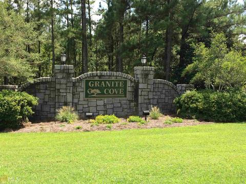 1071 Granite Cove Dr, Greensboro, GA 30642